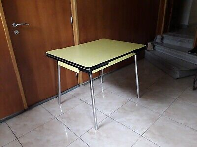 table en formica jaune vintage