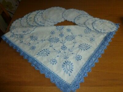 Hand embroidered Table Cloth with Plates Mats