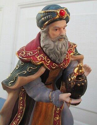 new LARGE RETIRED Kirkland CHRISTMAS Nativity Set w Creche Gold JEWELS EXC COND