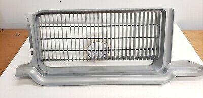 1971-72 CUTLASS GRILLE CENTER STONE SHIELD NEW GM NOS OLD STOCK 410642