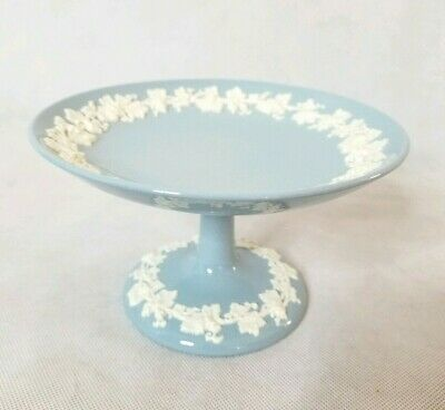 Wedgewood Queens Ware Embossed Compote Candy Dish Cream on Lavender