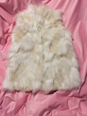 GIRLS  NEXT . WHITE   GORGEOUS   FAUX  FUR  GILLETT  AGE . 11-12 Yrs