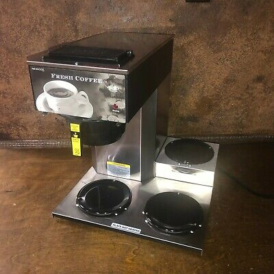 NEWCO 3 Warmer Commercial Coffee Maker / Brewer - Model AKH-3TC