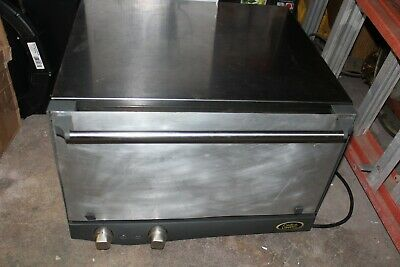 Cadco Uno Commercial Convection Oven - Great Price !!!
