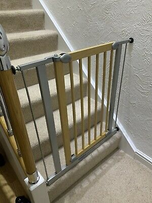 Lindam Sure Shut Orto Stair Gate For Baby And Pets - Good Condition
