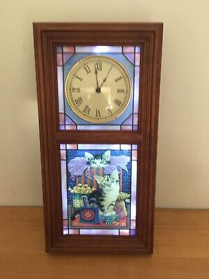 DANBURY MINT CAT Illuminated Stained Glass Wall Clock - Lesley Anne Ivory 🐈
