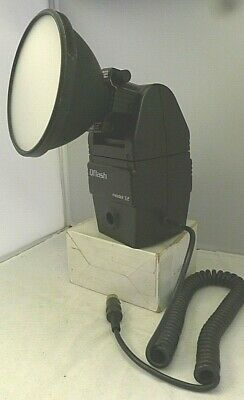 """Quantum QFlash Model T2 4.5"""" Removable Zoom Reflector - TESTED"""