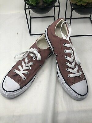 Great Condition Size 8 Converse All Star Chuck Taylor Women Barely Rose