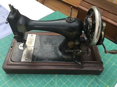 Vintage Singer sewing machine Victorian hand cranked 1889 spares or restoration