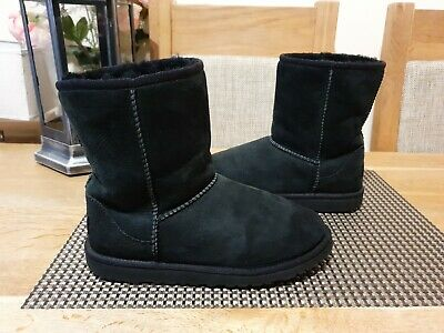 Ugg Classic Short Boots Junior Girls Size Uk4 Fit Uk4.5 100%Genuine