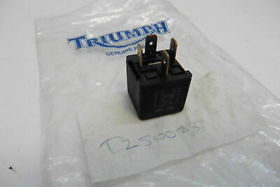 Relais Schalter switch relay Triumph Sprint St T2500233