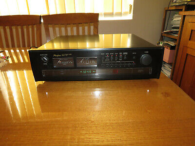 Accuphase T-106 Digital AM-FM Stereo Tuner Made in Japan