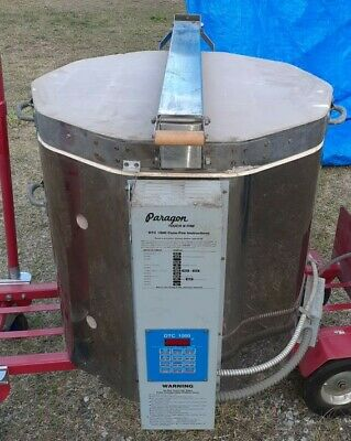 Electric Kiln LARGE Paragon DTC 1000 Used only 4 times, 2 phase with plug