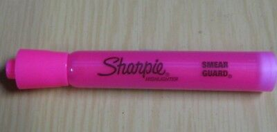 Lot Of Fourteen (14) Sharpie Fluorescent Pink Highlighters Chisel Tip New