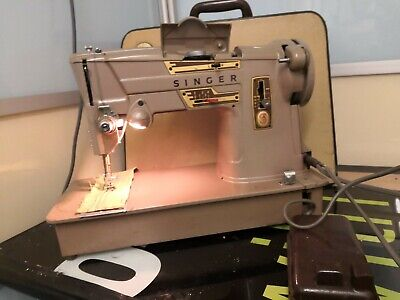 Singer 328K Sewing Machine Style-o-Matic With Case