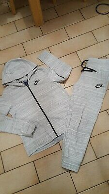 Girls size 13/14 full NIKE tracksuit slim fit bottoms great condition