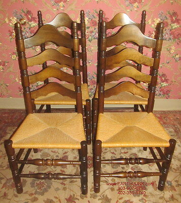 Ethan Allen Set of 4 Antiqued Old Tavern Pine Ladderback Chairs 12 6041
