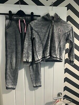 Girls River Island Tracksuit Age 7-8