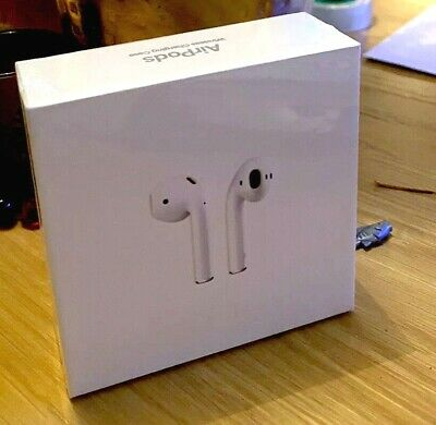 Apple AirPods MRXJ2TAA with Wireless Charging Case (2nd generation)