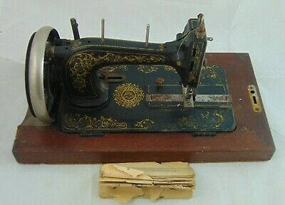 Vintage Lockstitch Hand Sewing Machine With Case And Key