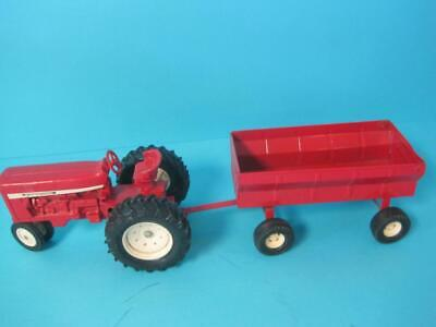 Vintage Ertl International Tractor Barge Wagon Opening Gate 1/16 Scale Red #2