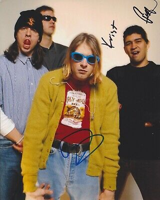 Dave Grohl, Krist Novoselic, Pat Smear HAND SIGNED 8x10 Photo Autograph Nirvana