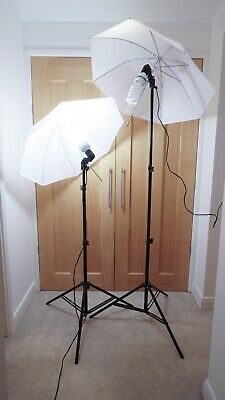 Studio Lights with diffuser umbrellas- 135W/5500K/220V/50Hz