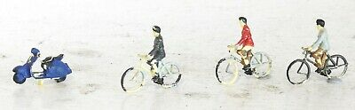 Oo Gauge Model Railway Figures, Cyclists + Scooter Suit Hornby Dublo Tri-Ang