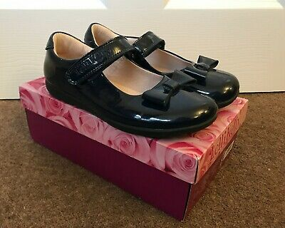 Lelli Kelly Girls Perrie Navy Patent Leatherl Shoes G Fitting-33 (UK1)
