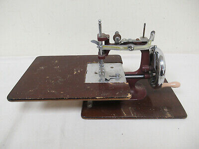 Vintage Essex Miniature Manual Sewing Machine