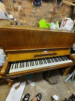 windsor piano - collection only - ignore cost of delivery