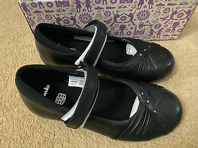 Clarks Movello8 Girls Black Leather School Shoes infant SIZE 10.5 G  NEW