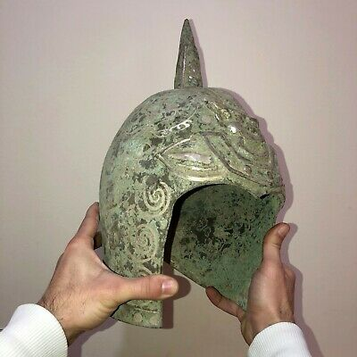SCARCE-CHINA CHINESE BRONZE MILITARY DECORATED HELMET WITH SILVER INLAY-3961 gr