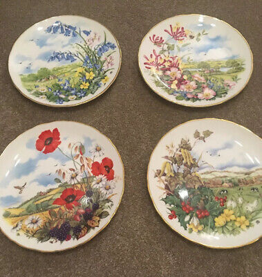 "** Royal Albert ""As the Seasons Unfold"" COMPLETE PLATE SET with wall hangers **"