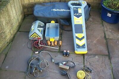Radiodetection eCat4 + Cable SPX Avoiding Genny Plus cable locator & Bag cat