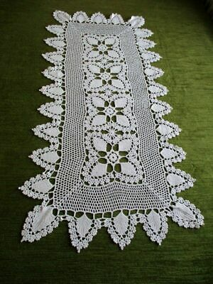 "TABLE RUNNER - ALL HAND CROCHET - WHITE - 14.5"" x 31"""