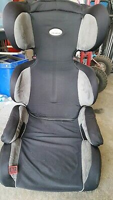 Infra secure booster seat
