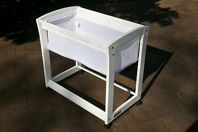 Tasman Eco White 'Amore' Bassinet with Linen (Used - Very Good)