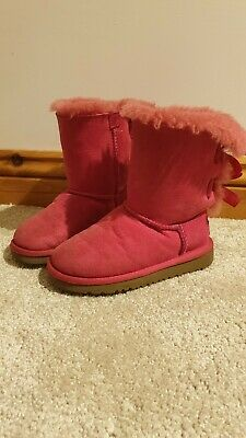 Girls Pink Bailey Bow Ugg Boots Size 9