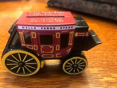 New WELLS FARGO Stagecoach Stage Coach Die Cast Metal Coin Piggy Bank With Key.