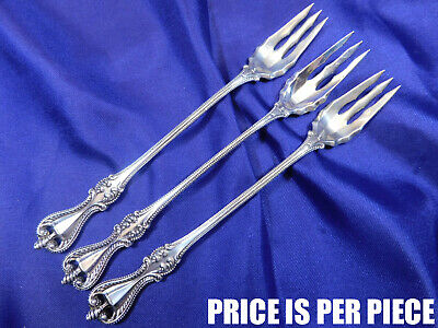 Towle Old Colonial Sterling Silver Oyster Fork - Excellent Condition
