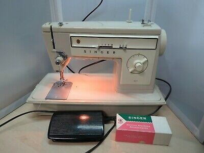Singer 507 Electric Sewing Machine - 22E