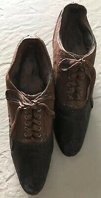 Primitive Resin Vintage looking Reproduction Baby Shoes White Free shipping