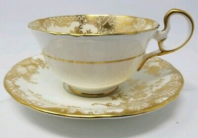 Aynsley Teacup & Saucer White & Gold (7417)