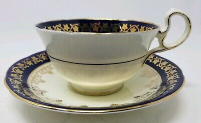 Aynsley Teacup & Saucer Cobalt Blue & Gold Ivy Pattern