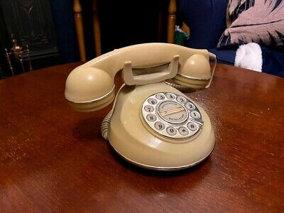 Astral 'The Knightsbridge' rotary dial phone