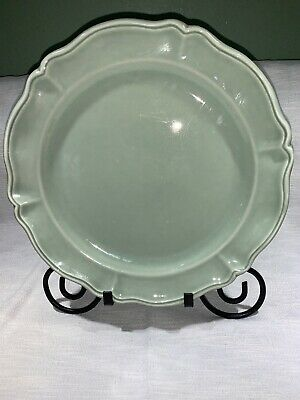 Varages Luberon Pale Green 12 in. Chop Plate Round Platter France