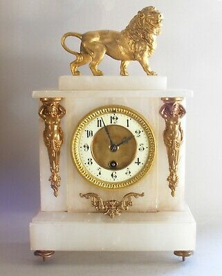 French mantel clock alabaster with lion and decoration, working, key, late19C 8D