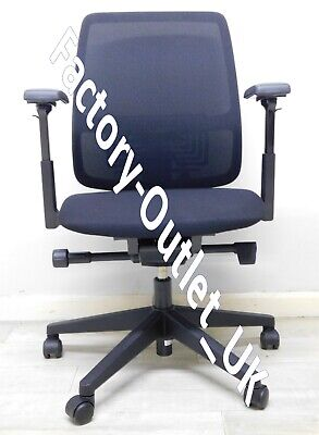 Haworth Comforto 29 Black Mesh Back with Fabric Operator Office Chair