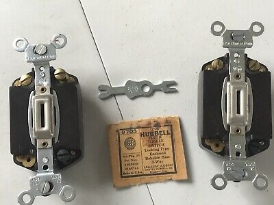 Lot of 2 Vintage HUBBELL Bakelite Toggle Switch Keyed 3-Way NEW old stock